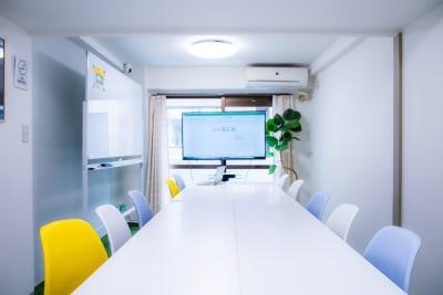 エルズ道玄坂 渋谷3分/シンプルで明るいお部屋の室内の写真