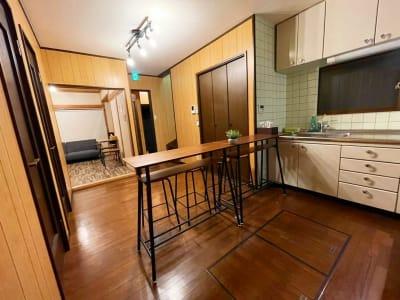 1F キッチンスペースから団らんスペース - 【新今宮】SI06 タスワンスペースの室内の写真