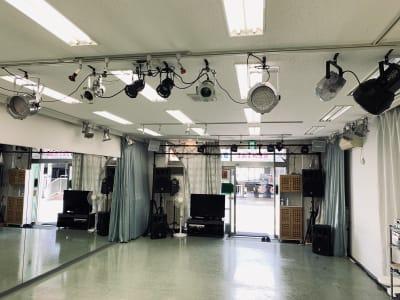 スタジオM  第2 京成稲毛駅前 ダンスレンタルスタジオ【夜用】の設備の写真