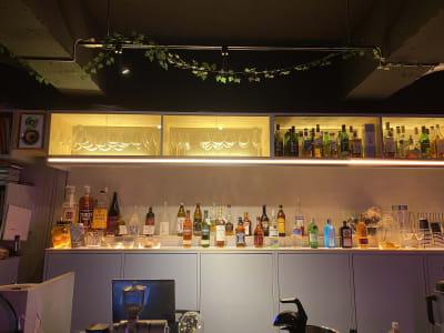"""神保町に新たな風を吹かせる""""オトナの社交場"""" - 神保町駅徒歩1分イベントスペース 様々なパーティー、イベントに最適の室内の写真"""
