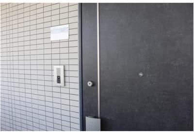 入口写真 - レンタルサロンRay サロンスペースの入口の写真
