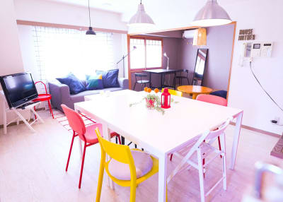 8人掛けのダイニングテーブル - sima sima西宝町 女子会・パーティールームの室内の写真