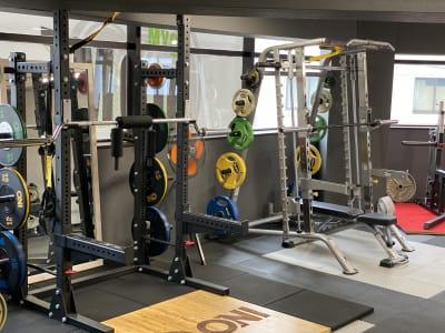 パーソナルトレーニングジム導夢 フリージムエリアの設備の写真