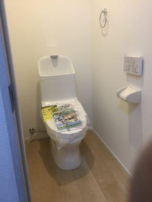 トイレは同じフロアに2か所あります。 女性用と男女兼用です。 - Will Labo 西山本 多目的スペースの室内の写真