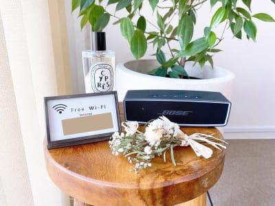 高速Wi-Fi、高音質Bluetoothスピーカー、ヘアコロン(diptyque)ございます - 1cho room 青山一丁目・外苑前すぐ✨の設備の写真