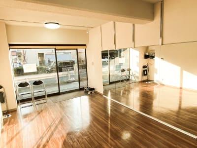 こまめな清掃で清潔感ある店内を保っています。  - ODOLVA市川レンタルスタジオ ダンススタジオの室内の写真