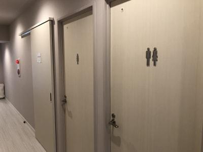 お手洗い(女子・男女) - ヨガスタジオ ミー 赤坂大名エリア!レンタルスタジオの設備の写真