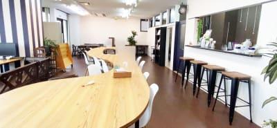 ブルーコンパス セミナー・イベントスペースの室内の写真
