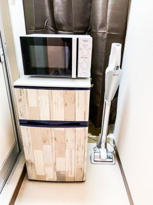 冷蔵庫、電子レンジ、掃除機 - H.R.S.O 大須多目的ルーム Heavenly大須多目的ルームの室内の写真