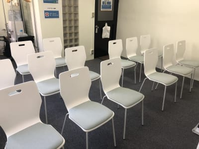セミナーテーブル無しレイアウト - JK Room 虎ノ門 セミナー会議室の室内の写真
