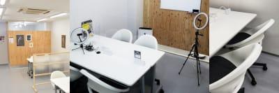 個室全景 - OMO|オモ【三宮本通店】 【個室|4席分】レンタルスペースの室内の写真