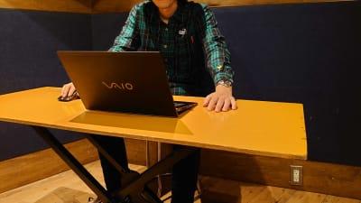 WEB会議やテレワークにお使いください。  - スタジオパックス 北千住店 テレワーク用の防音スペースの室内の写真