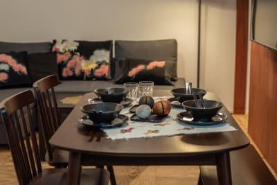 ダイニングテーブル - KOU  R4_NURO光!集中作業部屋の室内の写真