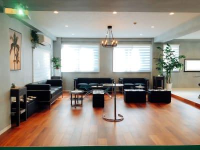 bliss space渋谷 2nd luxe リビングルーム  大人数でゆったりと寛げます。 - bliss space 2nd  bliss渋谷 2nd luxeの室内の写真