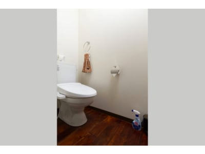 トイレ - ザワンダーアットステイ-弁天町- 101号室の室内の写真