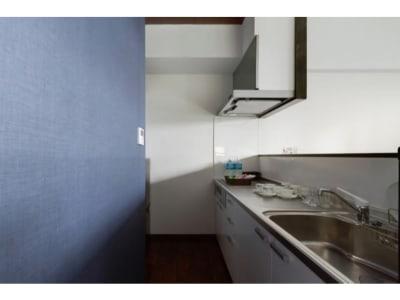キッチン - ザワンダーアットステイ-弁天町- 101号室の室内の写真