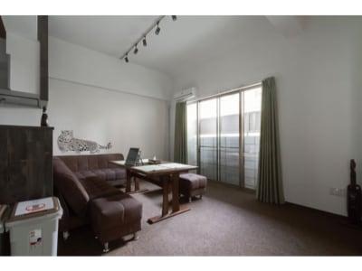 リビング - ザワンダーアットステイ-弁天町- 101号室の室内の写真