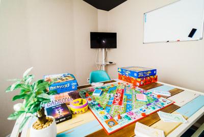 マカロン会議室の室内の写真