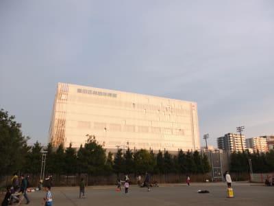 体育館も目の前です - 国際精華ビル3階 3-Bのその他の写真