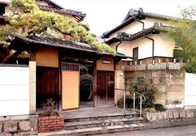 入口(冠木門) - スペースシェア「あおやま」 101号室(洋室)の外観の写真