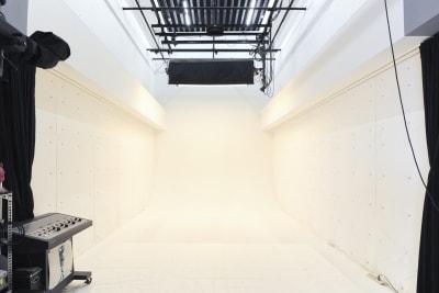 1F(10m×5m×6m) - 有限会社水谷スタジオ 撮影スタジオの室内の写真