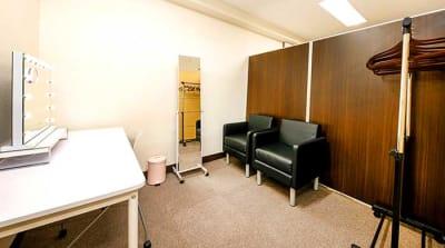 控え室A - TMCミカンスタジオ M1スタジオの室内の写真