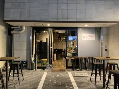 kokoFLAT cafe 本町 カフェ店内をまるごとレンタル♪の外観の写真