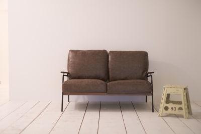スタイリッシュなソファーも用意しています - C8 STUDIO 撮影スタジオ&レンタルスペースの室内の写真