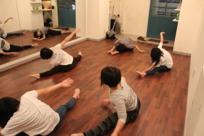 ダンスや各教室 - GALAXYダンススタジオ イベントスペースの室内の写真