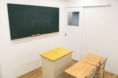 スタジオZOOM 撮影会スペースの室内の写真