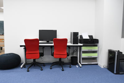 オフィスブース - スタジオZOOM 撮影会スペースの室内の写真