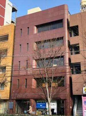 日本医療通訳センター株式会社 池袋徒歩圏内25人収容可能会議室の外観の写真
