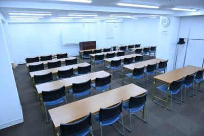 スクール3名様掛け 36名様 - NATULUCK御茶ノ水駅前店 Room Aの室内の写真