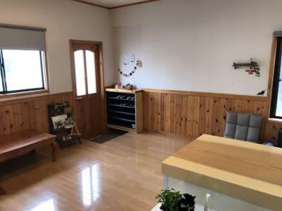 入り口スペースです。 - Cozy-Room キッチン付レンタルスペースの室内の写真