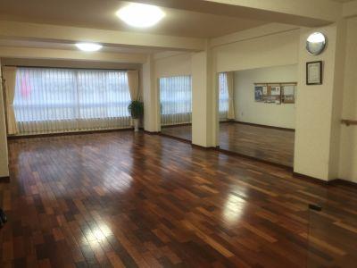 橋本ダンススタジオ 徳島スタジオの室内の写真