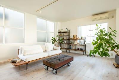 リビングのイメージ - STUDIO AOTO スタジオA 商用利用の室内の写真