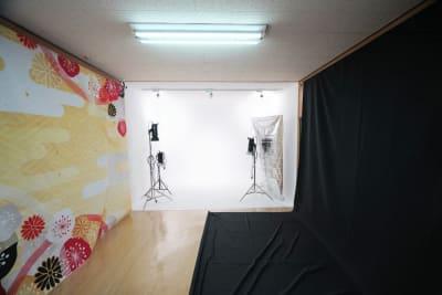 機材・背景は貸し出し無料です - フォトスタジオナナイー! 気軽に使える白ホリ!の設備の写真