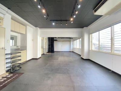 お気軽スタジオ梅田西の室内の写真
