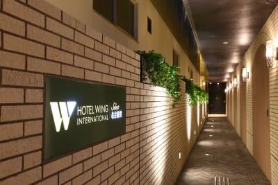 アプローチ - ホテルウィングセレクト名古屋栄 テレワーク用客室402号室の入口の写真