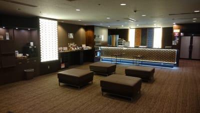 ホテルウィング名古屋 客室・リモートワーク利用の設備の写真