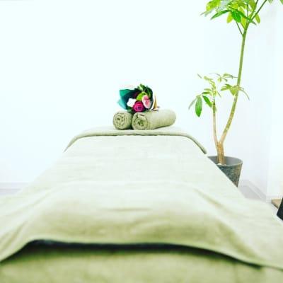 完全個室プライベートサロン - salon space  エステマッサージ、整体、鍼灸院の室内の写真