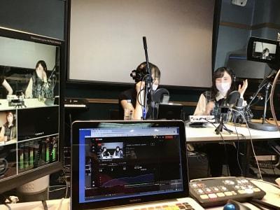 収録例2 オンラインファンミーティングやライブ配信 - 防音レンタルスペース レンタル撮影・収録スタジオの室内の写真