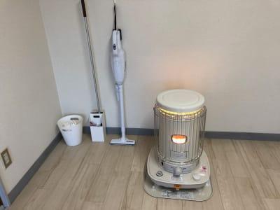 掃除用具はご自由にお使いください - レンタルサロンrapispace ナチュラルの室内の写真