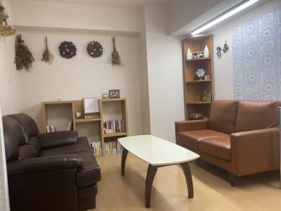 半個室ルーム - 京王八王子レンタルルーム 【貸スペース】八王子・半個室の室内の写真