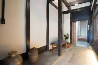 玄関 - 幻 毘沙門 多目的〜デザイナーズ京町家〜 の室内の写真