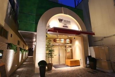ホテルウィングセレクト名古屋栄 テレワーク用客室402号室の入口の写真