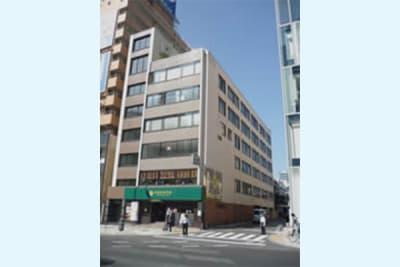 NATULUCK表参道駅前店 会議室の外観の写真