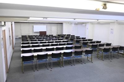 NATULUCK淡路町 会議室の室内の写真