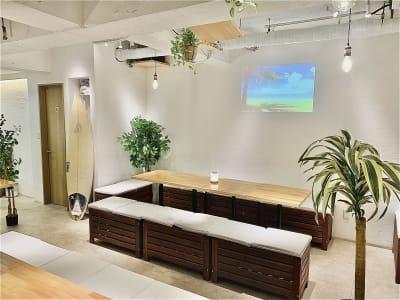プロジェクターも使えます - 渋谷ガーデンルーム4F 渋谷ガーデンルーム4Fの室内の写真