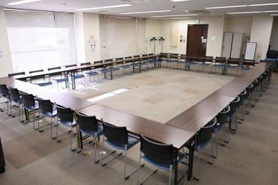 NATULUCK湯島駅前店 会議室の室内の写真